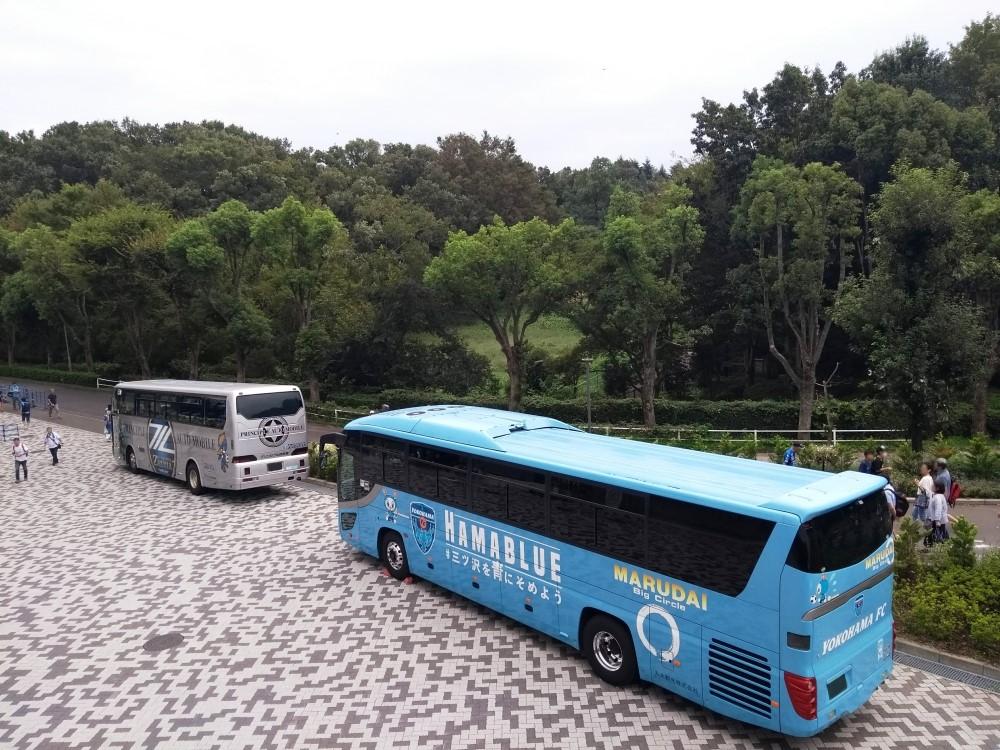 ゼルビア選手バス