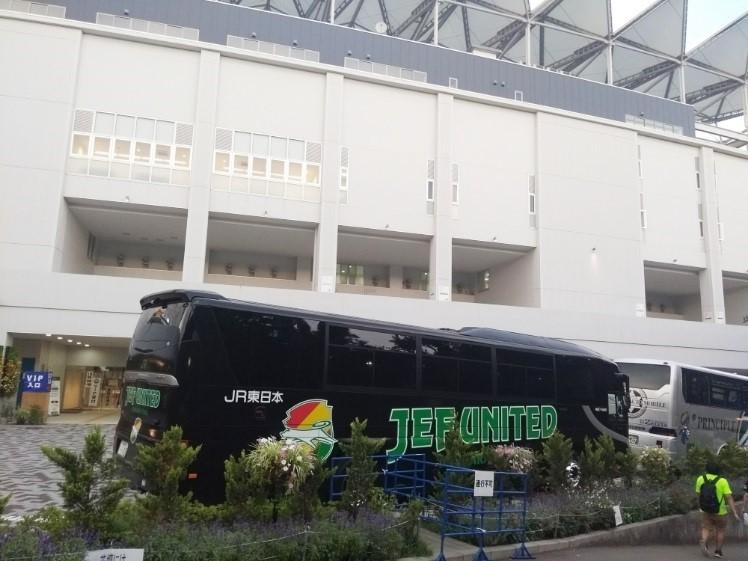 ジェフ千葉選手バス