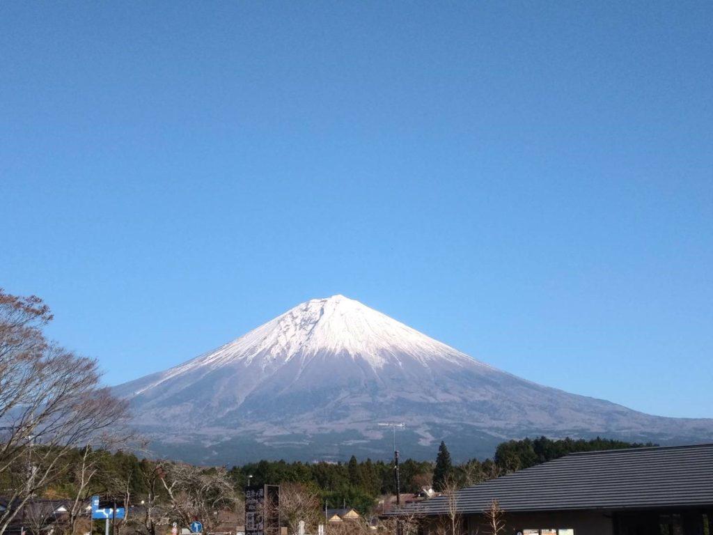 富士山雲一つない