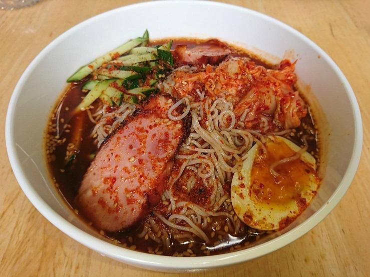 韓国冷麺 写真